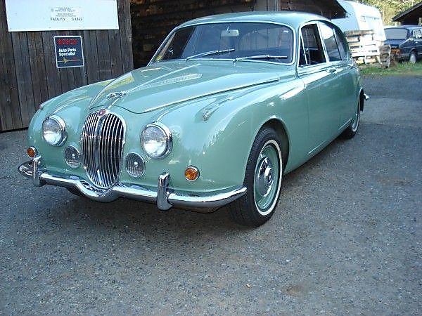1968-Jaguar-MK2-