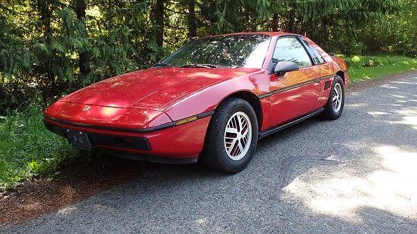 1985-Pontiac-Fiero-