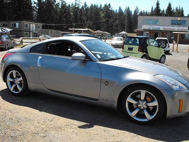 used nissan 350z for sale in. Black Bedroom Furniture Sets. Home Design Ideas