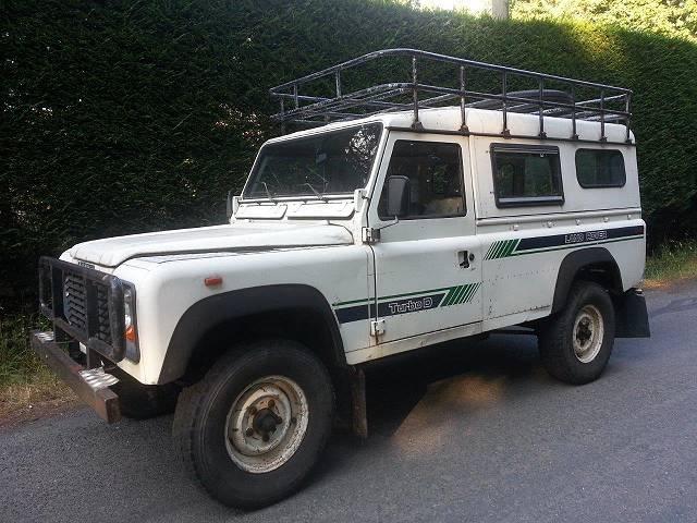 1988-Land-Rover-Defender-