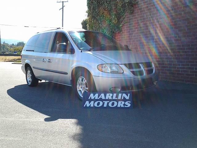 2002-Dodge-Grand-Caravan-