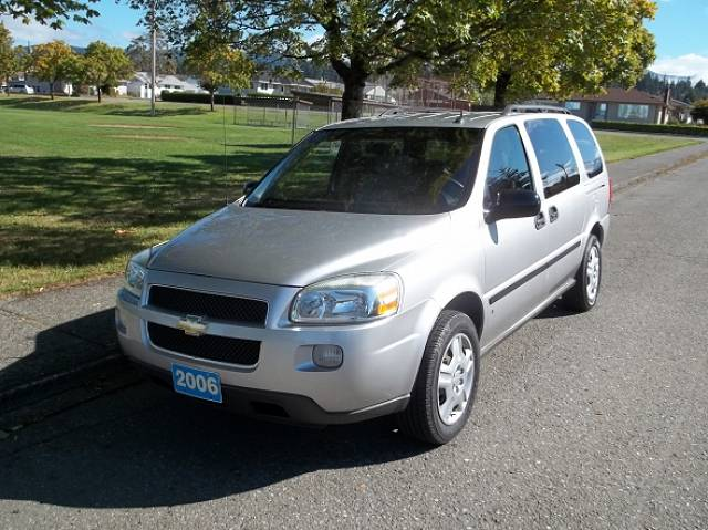 2006-Chevrolet-Uplander-