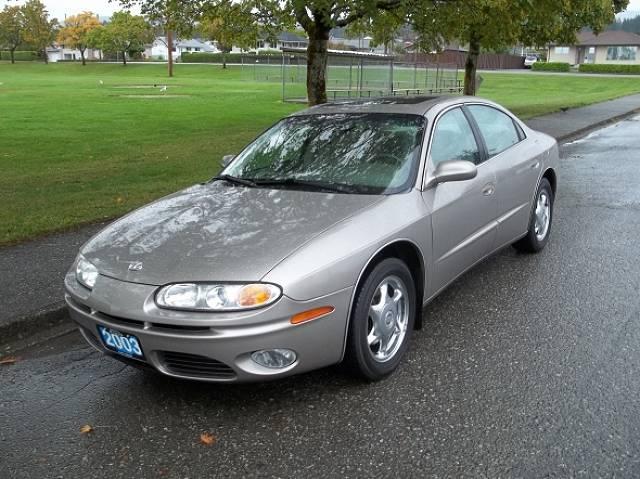 2003-Oldsmobile-Aurora-