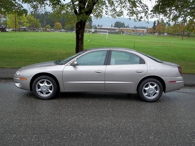 used oldsmobile aurora for sale in port alberni. Black Bedroom Furniture Sets. Home Design Ideas