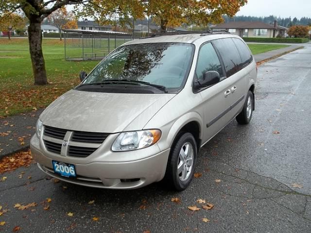 2006-Dodge-Grand-Caravan-